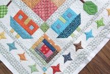 Quilts: Borders Unique~~**~~ / The focus here is on quilts with unusual or unique borders. / by ☆ ☆ Alice Cooksey ☆ ☆