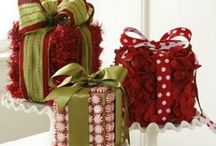 Christmas - WRAPPING / by Becky Arcizo