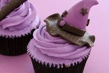 Cakes & cupcakes / by Tina Lally