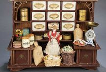 Dollhouses/dioramas/dolls/miniatures / by Frederike Nickelsen