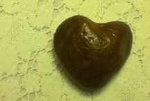 Heart of Stone / Natural heart-shaped stones