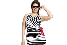 Plus size dress / Plus size dresses, so hard to find.