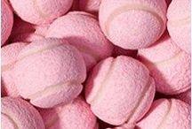 Color PINK / #color #pink #couleur #rose Le rose se décline sous toutes ses formes. Camaïeux de couleurs à jouer en monochrome, total look et touches d'accessoires.
