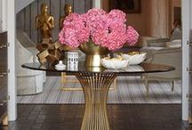 PINK AND GOLD ROOMS / Interior decorating and design: pink and gold rooms and decor ideas
