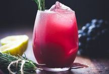 Drink me.  / Cocktails, concoctions, elixirs, and more! / by Allison Spector