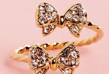 Jewelry Love / by Kesha Gooding