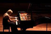 Musica.. / by Caren Duaarte