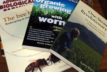 Books for the small farmer / Books that I have read or want to read to help me make the most of our small farm.  Find out more https://linktr.ee/eight_acres_liz