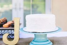 A piece of (wedding) cake / Disclaimer: Will make you VERY hungry.