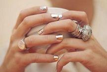 Peignez-moi les doigts / make up and beauty stuffs wish list / by Latour Aurélia