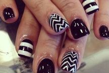 [sweet] nails / by Janessa Ludlow