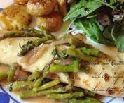 Winner winner chicken dinner / Chicken recipes are always in high demand. These ideas for chicken are sure to make this main dish a winner for dinner!