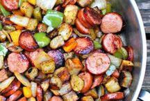 Dinner Recipes / by Lori Falcon