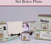 Set Botez Pluto / BebeStudio11 - Personalizam invitatii, marturii, plicuri de bani, meniuri, nr de masa pentru botez.