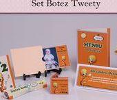 Set Botez Tweety / BebeStudio11 - Personalizam invitatii, marturii, plicuri de bani, meniuri, nr de masa pentru botez.