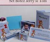 Set Botez Jerry and Tom / BebeStudio11 - Personalizam invitatii, marturii, plicuri de bani, meniuri, nr de masa pentru botez.