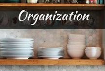 DIY: Organization / Get amazed with these organization hacks! Find organization ideas for the home and for every part of your house or apartment from bathroom, bedroom, closets, and kitchen for cheap dollar store like organizers.