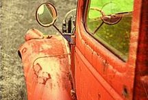 Old Cars / by Donna R. Thompson