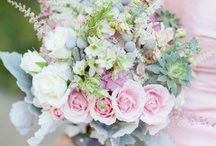 Bouquets / Be inspired by these bouquets in a myriad of colors, textures, sizes, shapes, and styles.