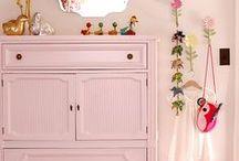 Kleur in je interieur: ROZE / Niet alleen voor meisjes! Van zacht oudroze tot fel en vrolijk fuchsiaroze.