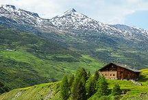 SCHWEIZ mit Kindern: Tipps & Sehenswürdigkeiten / Planst du eine Reise in die Schweiz mit der Familie? Hier sammle ich Inspirationen, Tipps zur Reiseplanung und passende Unterkünfte.