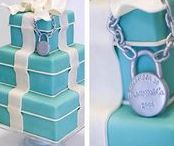 Tiffany Blue Wedding / Do you love that little blue box? Go all out and use it as the  theme for your wedding day.
