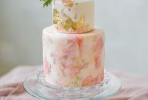 Wedding Cakes / The cake is the grand finale of your wedding - use these ideas for inspiration!
