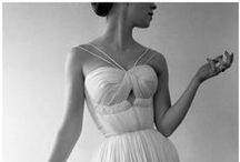 Straps on a Wedding Dress / Make your dress more than barely-there with the addition of some straps.