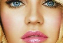 Makeup & Beauty / by Jen Noll