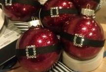 SUPER CHRISTMAS TWICE THE HOUSE TWICE THE FUNNNNNN / by Kristen Moran