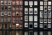 canalhouses and palazzo's