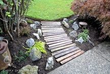 Garden Paths and Walkways / by Mary Hesdra
