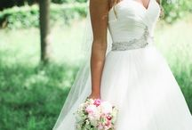 Dream wedding dress ♥♥♥ / by Amber Phillips