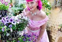 Maggie Bow, A South African Pinup Doll / Maggie Bow is a true Rockabilly gal who grew up in the seaside city of Durban and now lives in the Mother City, Cape Town. Fashion has been in her blood from an early age when she lived out her fantasy's dressing up in her Granny's clothing, gloves and matching handbags!    Fashion is the way she expresses herself - what girl wouldn't jump at the chance to dress up and be a pin-up every day?  INSTAGRAM: https://www.instagram.com/maggiebowpinup  #pinup #rockabilly #girlswithtattoos