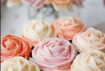 Flower Cupcakes / Sweet icing covered flower cupcakes. / by Jessica Farber