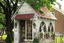 garden sheds / by Wahnda Clark