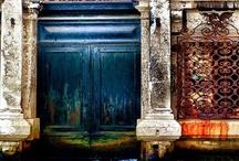 la porta / by Beckii Cooper