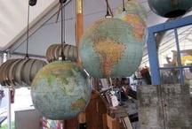 Globes & World Maps