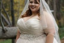 Strut Brides / We love sharing photos of our beautiful curvy and plus size brides. We hope they serve as inspiration to women everywhere!  Photography credits given in original post when given. We are happy to update with photographer info--just shoot us an email!