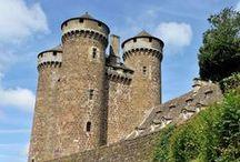 Visitez les châteaux d'Auvergne / Partez à la découvret du Patrimoine historique de l'Auvergne à travers l'histoire de ses nombreux châteaux...
