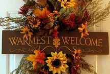 Holiday - AUTUMN / All things for entertaining during fall; THANKSGIVING & HALLOWEEN  / by Serrelle Snovelle