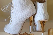 Shoes / by Priya Ali