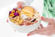 - Petit-déjeuner - / Granolas, mueslis, porridges... Miam miam, le petit-déjeuner ! On fait le plein d'idées de recettes pour se faire plaisir et se lever plus facilement.