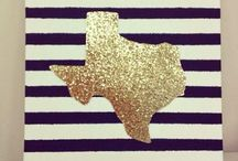 Texas♥ / by Courtney Gibson