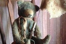 Bears & Dolls / by Diane Buckner Fry