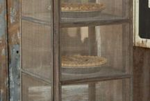 Pies &Pie safe's / by Candi Fry