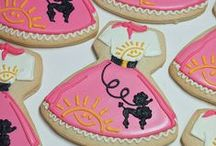 Cookie Love! / The only thing better than a cookie is a bee-u-ti-ful cookie! (For Jenn) / by thevintagehandbag.etsy.com