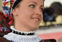 Viselet - magyar - sárközi