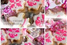 Sweet Tooth / Cookie Decoration and Desserts  https://www.facebook.com/pages/Simply-Home-Sweet-Home/306647762682894