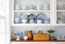 kitchen storage inspiration / I am obsessed with plates and currently have no space for them. Here are some dreamy ways to show off your plates.